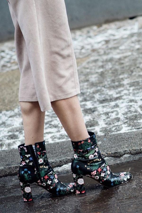 Đôi boots giúp bạn hiệu quả trong việc phá vỡ vòng an toàn để khẳng định gu mặc đẹp