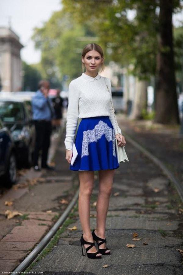 Chân váy mix với áo len