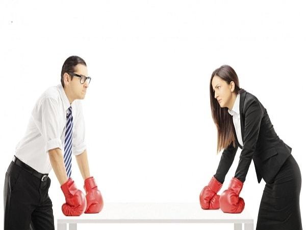 Sai lầm của nhân viên khi khách chê hàng xấu