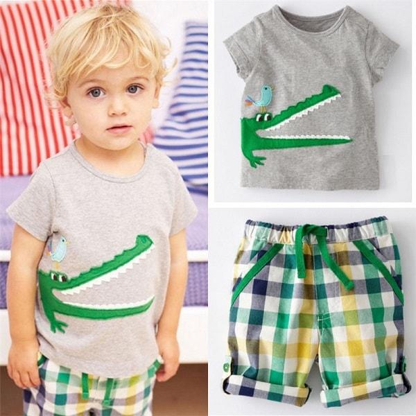cách chọn quần áo cho bé trai 1