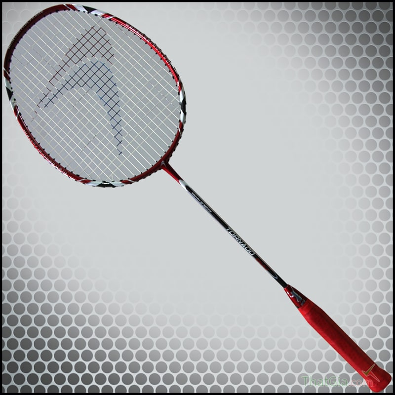 Kiểm tra trực tiếp độ cứng dẻo của vợt cầu lông chính hãng