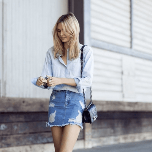 Áo sơ mi + váy jean bó là item đơn giản phù hợp với mọi cô gái